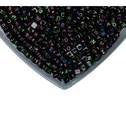 Siyah Üzeri Karışık Renkli Küp Harf Boncuk 500 gr
