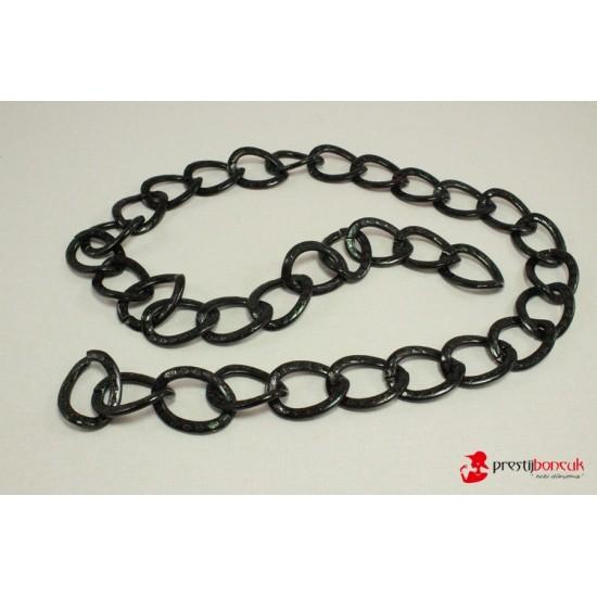 Siyah Desenli Metal Zincir