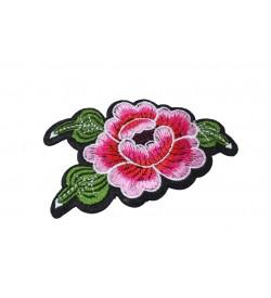 Çiçek Desenli Nakış Kumaş Aplik